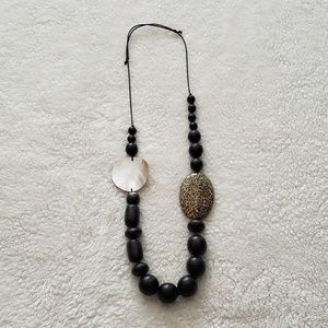 Jewelry - Beaded Wooden Necklace